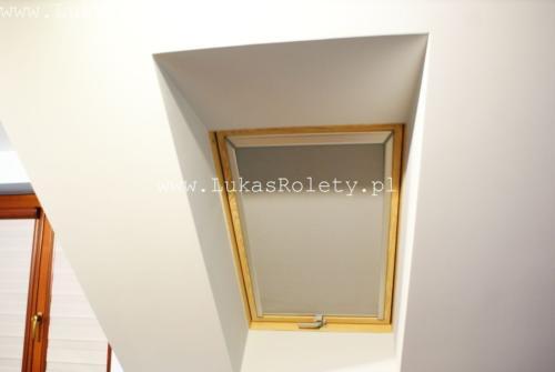 Galeria rolety na okna dachowe dekolux 060