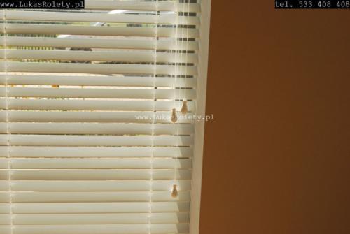 Galeria zaluzje drewniane 50mm 001