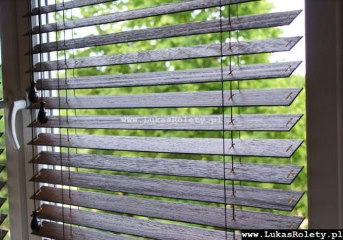 Galeria zaluzje drewniane 50mm 010