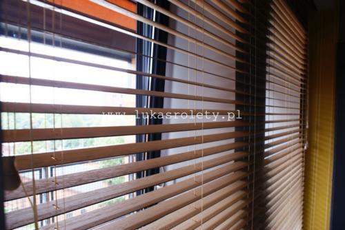 Galeria zaluzje drewniane 50mm 011
