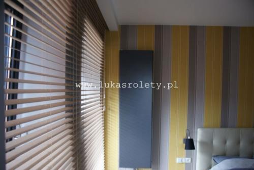 Galeria zaluzje drewniane 50mm 021