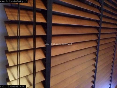 Galeria zaluzje drewniane 50mm 025