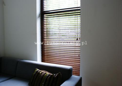 Galeria zaluzje drewniane 50mm 029