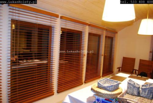 Galeria zaluzje drewniane 50mm 049