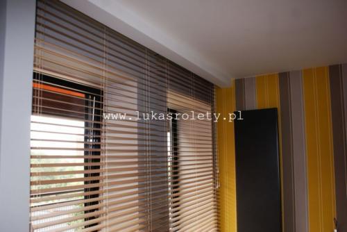 Galeria zaluzje drewniane 50mm 053