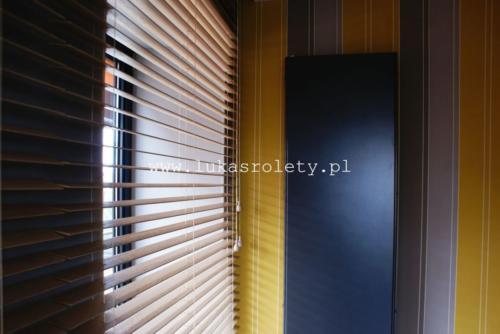 Galeria zaluzje drewniane 50mm 055