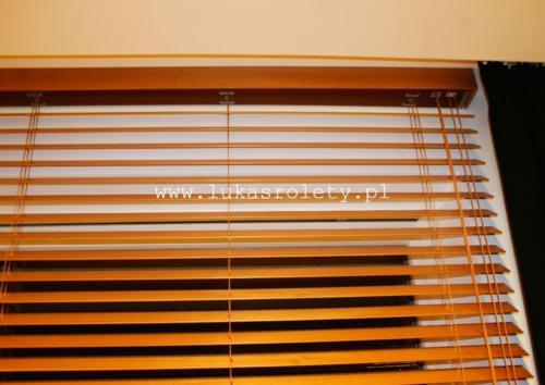 Galeria zaluzje drewniane 50mm 060