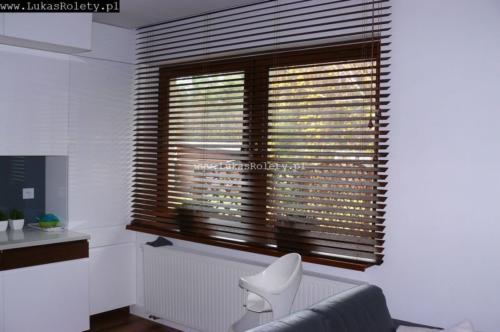 Galeria zaluzje drewniane 50mm 074