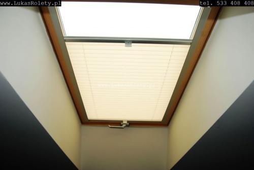 Galeria zaluzje plisy na okna dachowe db41 06