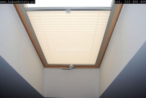 Galeria zaluzje plisy na okna dachowe db41 09