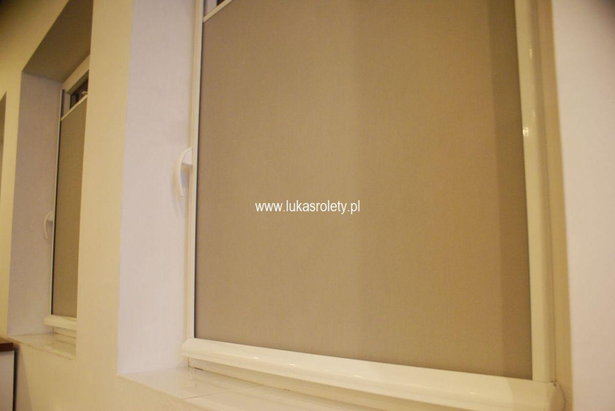 Galeria-rolety-od-dolu-b11-27