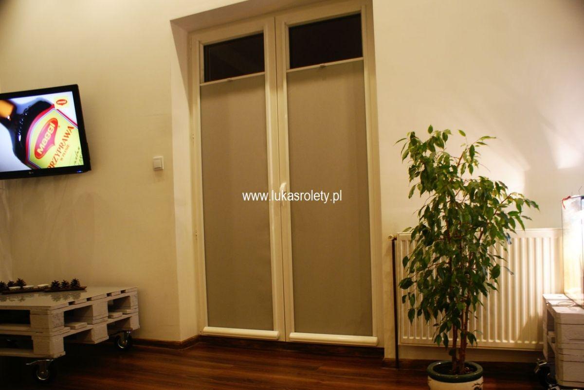 Galeria-rolety-od-dolu-b11-48